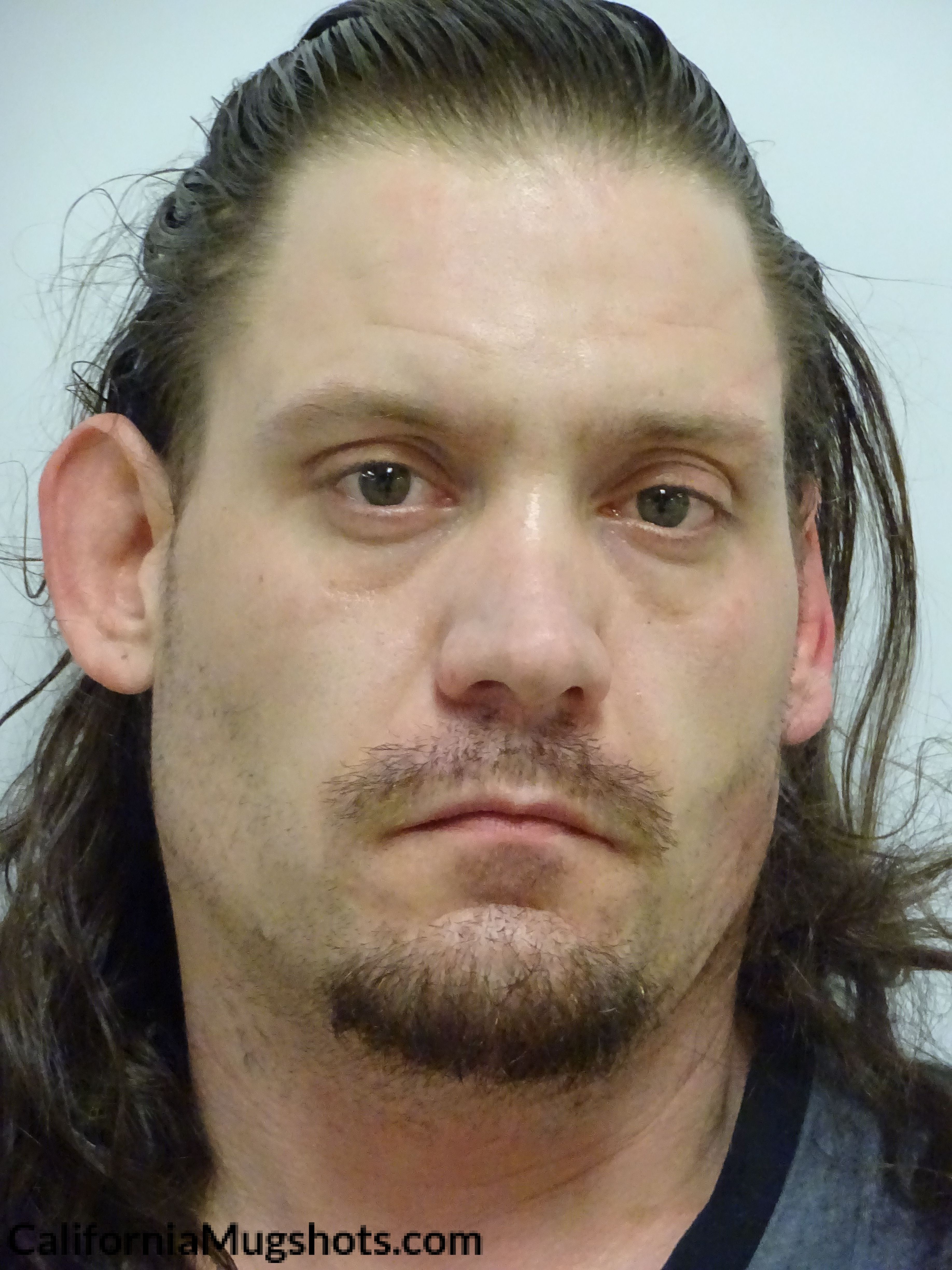 Johnny Ray Hubbard arrested in Lake County,CA